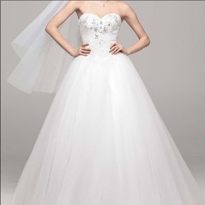 David's bridal collection ballroom gown size 4